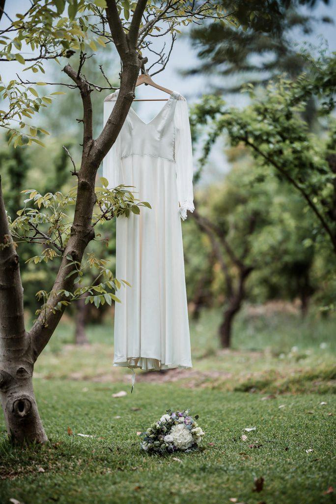 fotografia de matrimonios lu 104 684x1024 - Preparación de la Novia: Un momento intimo